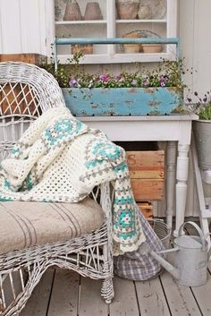 If I could just have this porch on a seaside cottage, I would be happy forever!