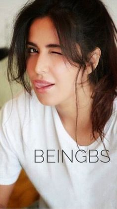 Katrina Kaif Navel, Katrina Kaif Hot Pics, Katrina Kaif Images, Katrina Kaif Photo, Beautiful Saree, Beautiful Indian Actress, Beautiful Actresses, Bollywood Actors, Bollywood Celebrities