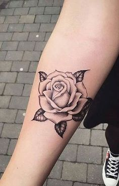 Black outline floral flower rose forearm tattoo ideas for women - www. Inner Forearm Tattoo, Forearm Tattoos, Sleeve Tattoos, Rose Tattoos, Flower Tattoos, Black Tattoos, Tatoos, Tattoo Women, Tattoos For Women