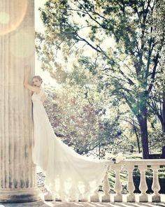 Wow!! Gorgeous bridal portrait!