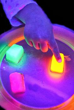 Glowing Oil And Ice | 20 DIY Projects That Will Bring Your Child's Senses To Life