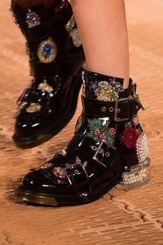 "analife: "" Alexander McQueen // Ready to Wear - Spring 2018 """