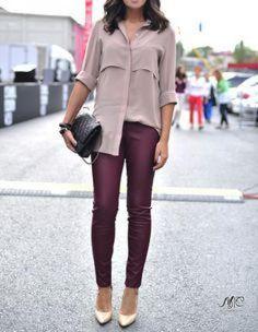 e2beaf16951f7 Mauve blouse @modatutkusu.net Colored Pants Outfits, Burgundy Pants Outfit,  Burgundy Leggings