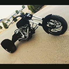 """İletişim Numaralarımız / Contact Us TT Custom Mecidiyeköy 0212 212 5278 TT Custom Kızıltoprak 0216 541 9190 TT Custom Antalya 0242 349 2830  7/24: 0535 882 8282 / 0536 245 4545 ttmotor.com.tr ttcustomshop.net  #highlifecustoms #businessclasstoy #bikelife #custom #elegance #highclass #highpower #businessman #lifeofadventure #adventure #customhardcase #customized #lifestyle #livingthedream #followyourdreams #engine #cc #customemade #empire #chopper #businessclasscustom #uniqlife #uniqcustoms"