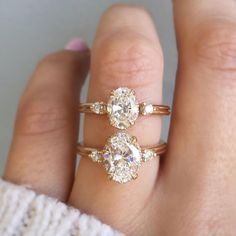 Classic Engagement Rings, Three Stone Engagement Rings, Engagement Ring Settings, Diamond Engagement Rings, Wedding Engagement, Engagement Jewelry, Classic Wedding Rings, The Bling Ring, Ring Verlobung