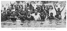 Maori and Niuean soldiers swimming near Narrow Neck Camp, World War 1 West Papua, Lest We Forget, World War One, Shadowrun, Cook Islands, The Rock, New Zealand, Swimming, Soldiers