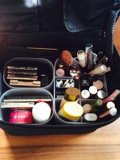 無印良品のコスメまとめ!ポーチやケース、ボックス等の収納用品も紹介 ... Diy Box Organizer, Makeup Pouch, Tidy Up, Muji, Makeup Storage, Storage Spaces, Make Up, Interior, Japan Style