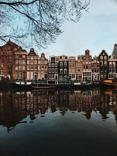 Visit Amsterdam, Amsterdam City, Amsterdam Netherlands, Tulip Season, Anne Frank House, Cities In Europe, World's Biggest, Plan Your Trip, Paisajes