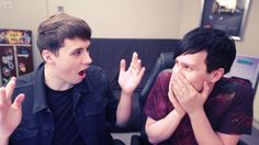 Miss-clicking; Dan and Phil play THE IMPOSSIBLE QUIZ! 3