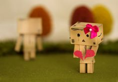Amazon Box Robot Broken Heart PD