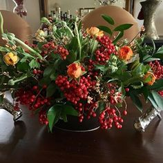 Gorgeous Christmas urns for the holidays add a festive elegance to the entryway and say welcome to your holiday guests. Summer Centerpieces, Thanksgiving Centerpieces, Summer Flowers, Floral Flowers, Christmas Urns, Christmas Decorations, Easter Brunch Menu, Fall Floral Arrangements, Painted Rug
