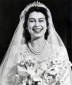 When the future Queen Elizabeth II (pictured) walked down the aisle in London's Westminster Abbey in 1947 her wedding dress was more than a fashion statement: It represented the hopes of a nation according to royal wedding gown curator Joanna Marschner. Princesa Elizabeth, Princesa Anne, Princesa Beatrice, Helen Rose, Norman Hartnell, Young Queen Elizabeth, Queen Mary, Queen Elizabeth Wedding Day, Nicky Hilton