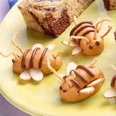 Easy no-bake peanut butter bumble bees - perfect class snack Cute Food, Good Food, Yummy Food, Yummy Treats, Sweet Treats, Food Humor, Dessert Recipes, Desserts, Creative Food
