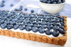 Blaubeer Tarte mit Joghurt, Honig, Mandeln, Haferflocken, glutenfrei