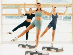 Step Aerobic Workouts | LIVESTRONG.COM