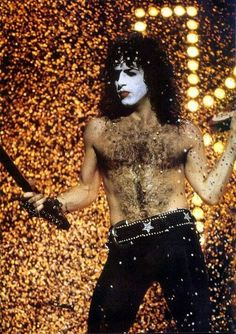 KISS: Paul Stanley on stage.