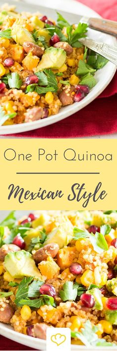 Die mexikanische Küche kann so viel mehr als nur Tacos und Tortillas. Dieses One-Pot-Gericht zum Beispiel. Die Grundlage – proteinreicher Quinoa. Dazu Tomaten, Süßkartoffeln, Mais und Bohnen. Avocado und Granatapfelkerne – für das Auge und für den Geschmack.