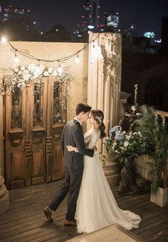 wedding photography tips Shooting Pre Wedding Photoshoot, Wedding Guest Book, Wedding Shoot, Wedding Pictures, Wedding Engagement, Dream Wedding, Wedding Dresses, Engagement Pics, Romantic Wedding Receptions