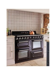 Buy Cream Smeg Victoria Range Cooker with Induction Hob from our Cookers range at John Lewis & Partners. Induction Range Cooker, Perfect Grill, Kitchen Cabinets, Kitchen Appliances, Energy Consumption, Knobs And Handles, Heating Element, Grill Pan
