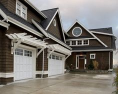 Traditional Exterior Garage Design, Pictures, Remodel, Decor and Ideas - page 37