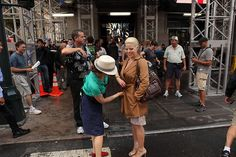Megan Hilty gets a wardrobe adjustment #Smash