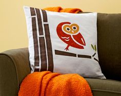 Cute downloadable template to make this pillow, or anything with an owl on it!