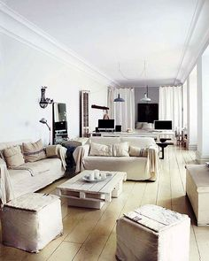 House Tour : At home with Cuca and Pep...lovely ideas
