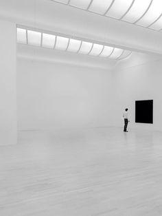 Hendrik Lohmann | The White Room