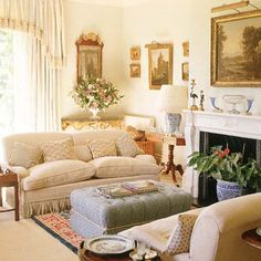 38 Charming French Country Living Room Furniture Ideas - Art and Decoration Country Sofas, Country Furniture, Antique Furniture, Antique Desk, Classic Furniture, Furniture Ideas, French Living Rooms, My Living Room, Living Area