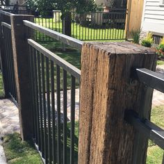 """L&B Limited Co. """"Railroad ties for fence posts! Diy Fence, Backyard Fences, Fenced In Yard, Front Yard Landscaping, Landscaping Ideas, Fenced In Backyard Ideas, Railroad Ties Landscaping, Ideas Para El Patio Frontal, Front Fence"""
