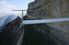 Ridge soaring on cliffs. From web.