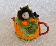 Pumpkin Tea Cosy via Craftsy