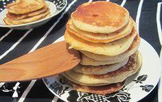 Voici la recette des petites crêpes bretonnes : les kouign, qui ressemblent à des pancakes ou des blinis et sont absolument délicieuses pour le petit-déjeuner !