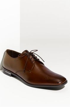 Prada Medallion Toe Oxford (Men)