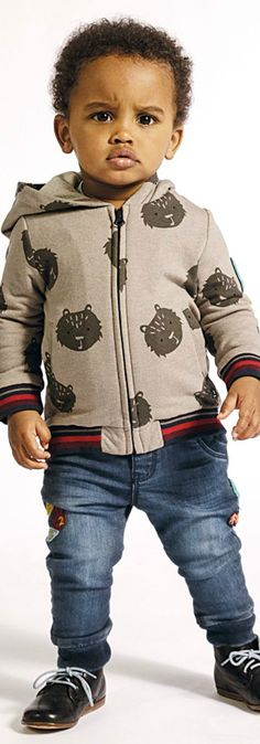 CATIMINI Boys Bear Print Sweatshirt Blue Jeans from France. Cute Boys Outfit for Fall Winter 2018 Collection. Adorable Casual Outfit for Baby Boys. Comfy & Stylish Outfit Perfect Streetwear Look. #babyclothes #babyboy #boysclothes #boysclothing #boysfashion #kidsfashion #fashionkids #childrensclothing
