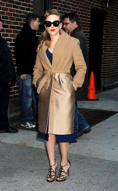 Scarlett Johansson en un abrigo de Max Mara