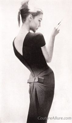 Dress to classic design