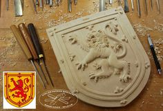Coat of arms of Scotland ( under the reign of Queen Mary Stuart) | Coat of arms of Scotland carved in wood