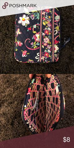 Vera Bradley iPad Case This is a Vera Bradley tablet case in the Ribbons print. This fits most tablets including the regular iPads, but may be too small for the iPad Pro. Closes with zipper. New condition. Vera Bradley Accessories Tablet Cases