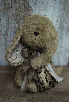 REDUCED Artist Bear handmade Elly Emeline by bearwithmee on Etsy, £65.00