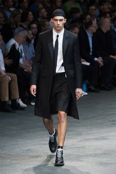 givenchy-ss15_fy3