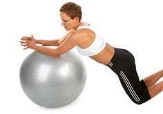 Best Lower Ab Exercises for Women _ everywhere on me is getting smaller except this area.... time for bicycle crunches!