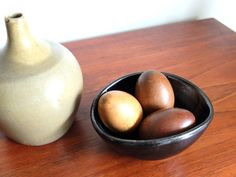 3 Small vintage exotic wooden EGGS mid century by lestrictmaximum