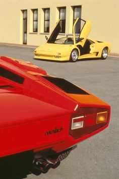 Chasing Cars, Lamborghini Diablo, Pretty Cars, Most Expensive Car, Top Cars, Car Photos, Car Detailing, Vintage Cars, Dream Cars