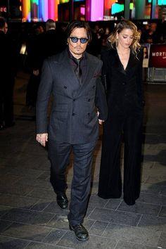 Johnny Depp e Amber Heard sposi - Johnny Depp e Amber Heard si sono sposati martedì a Los Angeles. - Read full story here: http://www.fashiontimes.it/2015/02/johnny-depp-e-amber-heard-sposi/