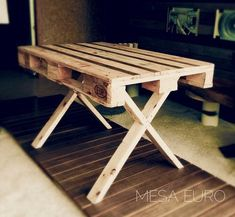 wooden pallet furniture | diy | plans | design | projects | ideas | bed | chairs