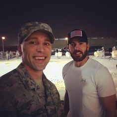 dstarks00: No big deal, just hanging out with Captain America. #avengers #chrisevans #marvel #uso #military #deployed #captainamerica