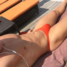 WEBSTA @sgfitnessguy Little tanning session before pilot training today.