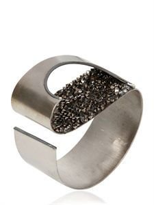 FASHION JEWELLERYBRACELETS  LUCIA ODESCALCHI  TACTILE PIXEL HOLE CUFF  ITEM CODE 56I-2TD003    € 640.50  FREE SHIPPING  SELECT  DETAILS  MORE INFO?  SIZE COLOR  SILVER  QUANTITY  1  NOW AVAILABLEADD TO MY SHOPPING BAGPREVIOUSNEXTBACK TO CATALOG