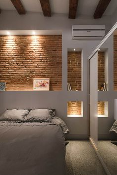 Cabecero ladrillos, selectively exposed brick in bedroom. Cabecero ladrillos, selectively exposed brick in bedroom. Brick Interior, Interior Walls, Interior Architecture, Interior Design, Interior Ideas, Interior Wall Lights, Interior Office, Interior Lighting, Faux Brick Walls